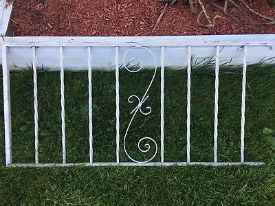"""Vtg Wrought Iron Railing 5' Long 28"""" High Twisted Balusters Victorian Design"""