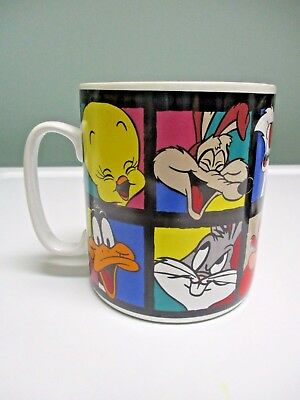 Vintage 1994 Looney Tunes Cast of Characters Super Size Mug Tweedy Bugs Taz Daff