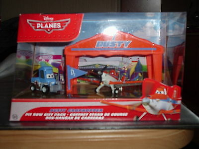 Disney Pixar Planes Diecast Dusty Crophopper Pit Row Gift Pack Pitty Tent set