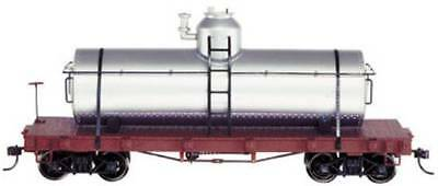 On30 SPEC TANK CAR SILVER UNLETTERED   BAC27198 NIB NEVER OPENED
