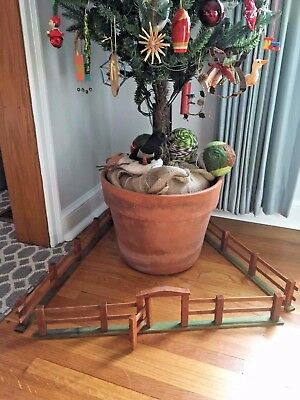 """vtg antique Victorian Putz style wood CHRISTMAS TREE FENCE w/ gate * 24"""" square"""