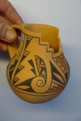 NICE CUTE Vintage S. MADALENA JEMEZ PUEBLO HEAVY CLAY PITCHER NEW MEXICO NM