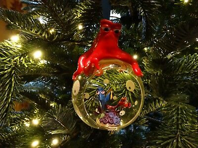 Disney Store Finding Dory Hank Xmas Tree Decoration Bauble Open Globe Nemo Bnwt