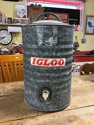 Vintage IGLOO 3 Gallon Galvanized Steel Drinking Water Cooler