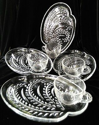 Vintage Federal 8 pc Wheat Pattern Hospitality Set  ( Luncheon Snack )  w Box