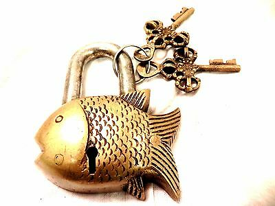 Vintage Garden Lock Functional Antique Brass Fish Pad Lock With Two Keys