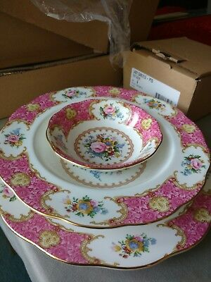 Royal Albert Doulton LADY CARLYLE BRAND NEW plates SET OF 12 PIECES 1st Quality