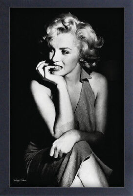 MARILYN MONROE PUPPY 13x19 FRAMED GELCOAT POSTER ICONIC MODEL BEAUTY GIFT NEW!!!