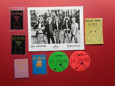 "DEF LEPPARD,8x10"",Promo photo,7 Backstage passes,VERY RARE Originals."