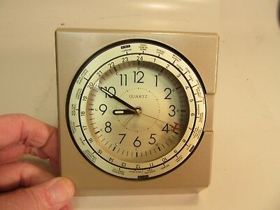 Vintage Quartz World Travel Clock with Alarm