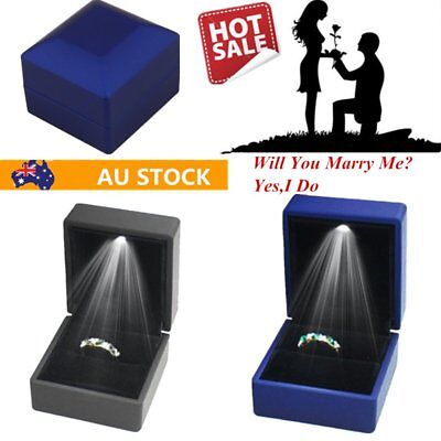 Lighted Ring Box LED Engagement Proposal Jewelry Display Gift Case Holder AQ1