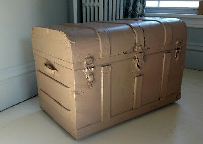 Vintage Antique Steamer Trunk Painted Shabby Cottage Country Decor Table Storage
