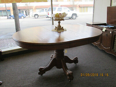 48 In. Round Oak Clawfoot Kitchen Table Excellent Condition, Free Local Pickup