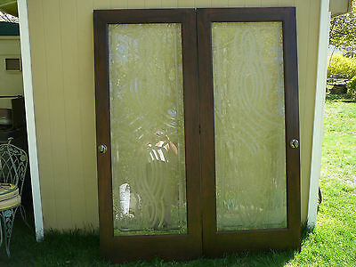 Architectural   Glass Entry  DoorsWith Deep Cut  Designs