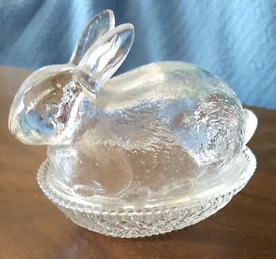 Vtg Glass Bunny On A Nest  Clear Glass for Candy/trinkets