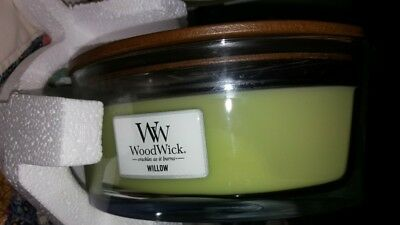 Massage Therapy Spa Special Woodwick Willow Candle  Hearthwick Flame