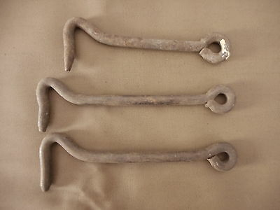 Farmhouse Decora Barn Door Latch (3) hardware iron primitive antique rusty AS AS