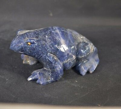 Grenouille en Sodalite  sculpture en pierre 120x75mm