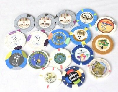 Casino/Poker Chips Las Vegas, Nevada and other Lot of 17