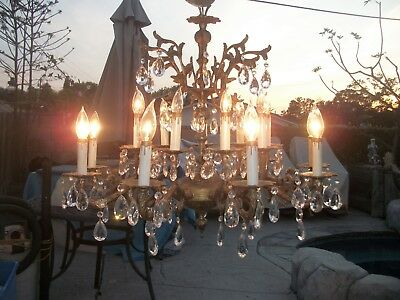 Vintage Beautiful 18 Light Brass French Chandelier Crystal Lamp