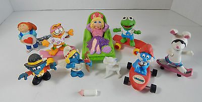 Lot of Small Plastic Figures, Muppets Garfield, Smurfs, More, Mini Razor Scooter