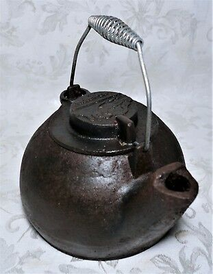 Antique Vintage Cast Iron Old Mountain Ware Tea Kettle Pot