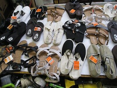 Wholesale Lot 18 pairs Womens Sandals / Slippers Casual Shoes  Variety Lot 270
