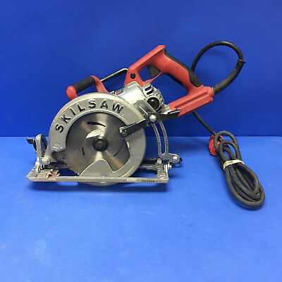 """Skilsaw 7.25"""" inch Model SPT77WML Corded Worm Drive Circular Saw With Blade"""