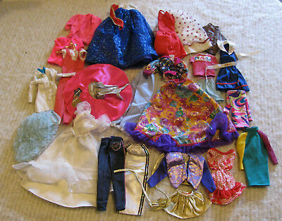 Vintage Barbie Clothes mixed lot of 25 pcs All Very Nice and ALL HAVE SNAPS