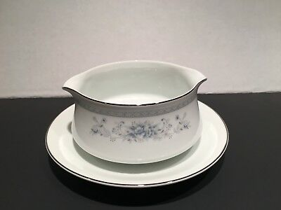 American Limoges Bridal Bouquet Gravy Boat with Attached Underplate