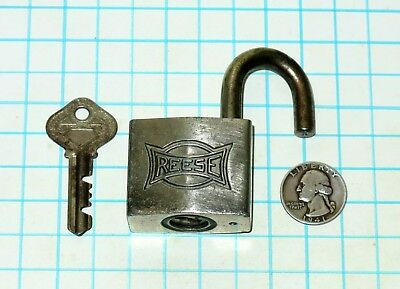 Vtg Antique Plated Heavy Brass Case Warded REESE Lock Co. Padlock and # 749 Key