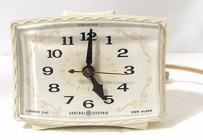 Vintage 1960's GE Lighted Dial Alarm Clock white scalloped case working, tested