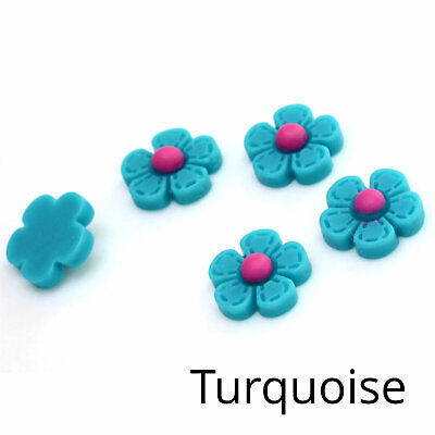 10 x Retro Quilted Style Daisy Cabochons Stitched Flowers Turquoise