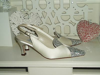 Hand Embellished Ivory Satin Bridal Shoes Uk 4 New Pure By Diane Hassall
