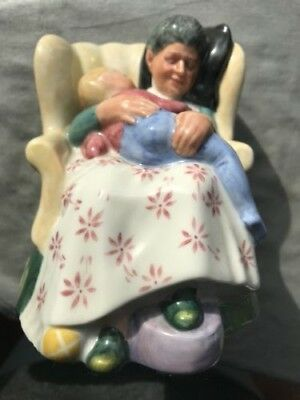 Royal Doulton Sweet Dreams Figurine HN2380 Vintage Bone China Collectible 1970