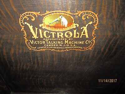 antique Victrola, Victor talking machine