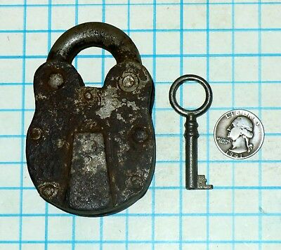 Early Vtg Antique Old Iron Lever Strongbox Padlock Lock and Hollow Barrel Key
