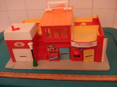 1970s Fisher-Price VILLAGE 997 some wear, 1 repair, more cars + LPs many wood