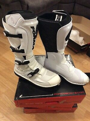 Forma terrain pacific evaluation white boots size 47/13 ex display