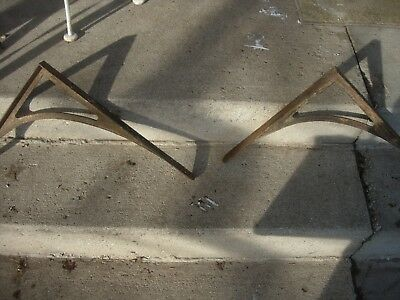 Vintage Set of (2) Metal Shelf Brackets