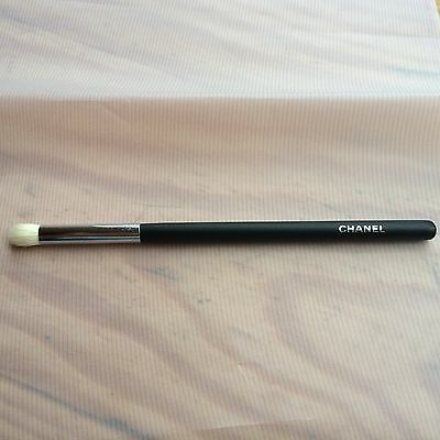 Pinceau Chanel maquillage Estompeur 19 Paupieres Rond neuf make up