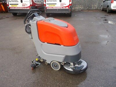 Hako B 30 / SCRUBBER DRYER NEW BATTERY