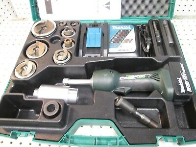 """Greenlee LS50L11SS 1/2"""" - 2"""" Stainless Steel Punch Set Knockout Kit"""