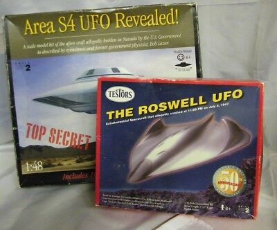 Testors Roswell UFO & Area S4 UFO Revealed model + The Roswell Incident 50th