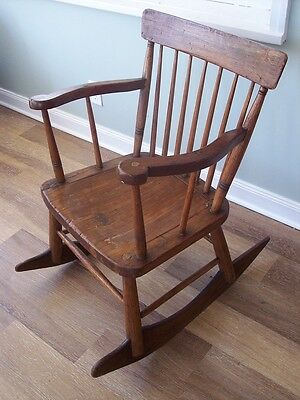Antique 18th Century Primitive Country Shaker Windsor Rocker Chair, Circa 1790