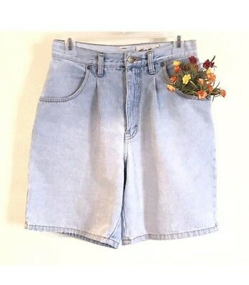 EDDIE BAUER Women's Vintage Light Wash Denim Mom Shorts Pleats Size 6 Waist 25""