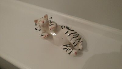 whimsiclay cat figurine, Amy Lacombe, striped