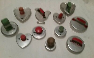 Vintage Cookie Cutter Lot 11 Wood Knobs Red Green Painted Handles
