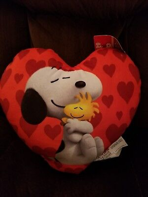 New 2018 Snoopy Charlie Brown Peanuts Valentine's Day Plush Heart Shaped Pillow