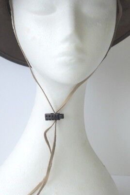Sand Kangaroo Leather Chin Strap Plastic Toggle Bead weight detail